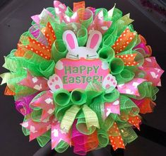 22 Easter Deco Mesh Wreath with Bunny Sign Happy Easter - Green Bunny Crafts, Easter Crafts, Easter Projects, Easter Decor, Easter Ideas, Christmas Crafts, Craft Projects, Diy Crafts, Easter Wreaths