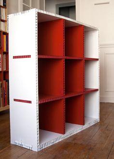 Riciclo creativo: come costruire una libreria in cartone | Cardboard ...