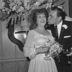 The marriage of Ernest Borgnine and Ethel Merman was one of Hollywood's shortest marriages.  The third marriage for Ernie and the fourth marriage for Ethel ended on their honeymoon. 1964