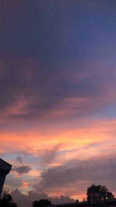 749 best sky aesthetic images in 2019 Sky Aesthetic, Aesthetic Images, Aesthetic Backgrounds, Aesthetic Iphone Wallpaper, Aesthetic Wallpapers, Aesthetic Photo, Sunset Wallpaper, Tumblr Wallpaper, Pretty Sky