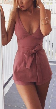 40 Summer And Popular Outfits Of Mura Boutique Australian Label Classy Summer Outfits, Sexy Outfits, Spring Outfits, Cool Outfits, Fashion Outfits, Womens Fashion, Pink Playsuit, Looks Country, Vintage Clothing