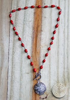 "Essential Oil diffuser necklace diffuser jewelry aromatherapy necklace www.fashionscentsjewelry.com 16"" Red Toggle Vintage diffuser necklace"