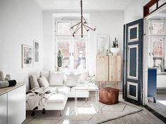 The transformation of the Swedish space with blue doors