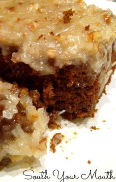 Easy German Chocolate sheet cake with homemade caramel, pecan and coconut icing. Easy German Chocolate sheet cake with homemade caramel, pecan and coconut icing. Köstliche Desserts, Delicious Desserts, Dessert Recipes, Yummy Food, Icing Recipes, Homemade Desserts, Plated Desserts, Coconut Icing, Sheet Cake Recipes