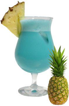 4 cl Wodka  2 cl Blue Curaçao  1 cl Citroensap  Fijngestampt IJs  Koolzuurhoudend Water  Meng in een glas de wodka, de blue curaçao en het citroensap. Bedek de bodem van een coupe met fijngestampt ijs en vorm er een bergje mee, waarvan de top uitsteekt en het eiland van de lagune voorstelt. Schenk het mengsel in de coupe. Vul aan met koolzuurhoudend water, roer heel voorzichtig en serveer snel. Blue Curacao, Blue Lagoon Cocktail, Cocktail Drinks, Cold Drinks, Beverages, Liquor, Smoothies, Frozen, Favorite Recipes