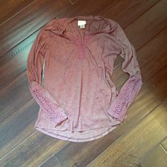 Dusty purple top Lightly used cute top. Is a medium but fits more like a small. Self esteem  Tops Tees - Long Sleeve