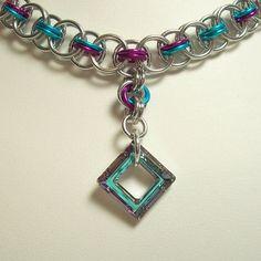 Timón armadura cota collar joyería por katestriepenjewelry en Etsy