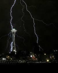seattle tower struck by lightning
