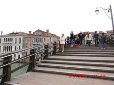"""Ponte del""""Accademia delle belle arti Venezia."""