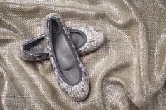 Sand/Charcoal Snake Print #fallcollection #fallfashion #shoes #flats #jellyshoes #balletflats