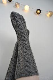 « rosannaofmay: klassikko Cable Knit Socks, Wool Socks, Knitting Socks, Diy Crochet And Knitting, Crochet Socks, Yarn Inspiration, Lace Socks, Thigh High Socks, Stocking Tights