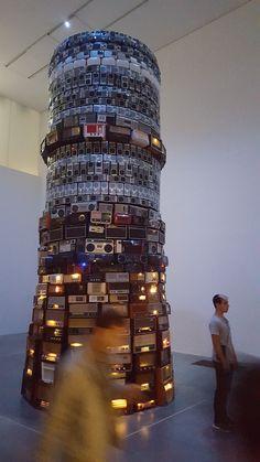 Londres,  la Tate Modern   Cildo Meireles
