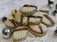 Linecké sedmoro - obrázok 4 Italian Cookie Recipes, Italian Cookies, Baking Recipes, Christmas Sweets, Christmas Cookies, Czech Recipes, Cookie Jars, Cake Cookies, Sweet Tooth