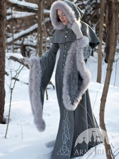 "Wool Grey Fantasy Coat ""Heritrix Of The Winter"" snow princess white queen fur coat also white capelet/hood detaches. Make this look fit your style. Ask your dressmaker for ideas & ways to make this fit your budget. Medieval Dress, Medieval Clothing, Medieval Costume, Medieval Fantasy, Wool Coat, Fur Coat, Fantasy Dress, Fantasy Outfits, Coat Dress"