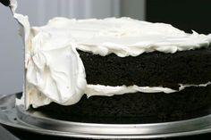 Make your own hostess cake Ding dong cake, with ganche, marshmallow frosting and moist chocolate cake! When i get the energy to bake again, i'm making this...