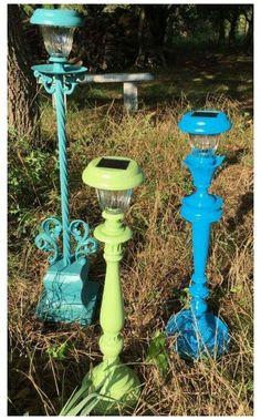 Solar Light Crafts, Diy Solar, Solar Lights, Garden Crafts, Diy Garden Decor, Garden Projects, Art Crafts, Recycled Garden Art, Crafty Projects