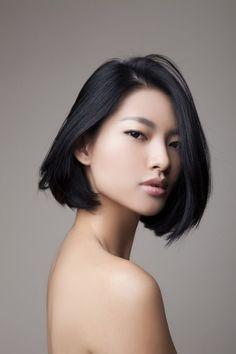 carré lisse cheveux asiatique