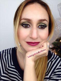 Maquillaje de ojos dorado con diamiantina purpurina  #goldglitter #greenmakeup #goldmakeup Dark wine lips