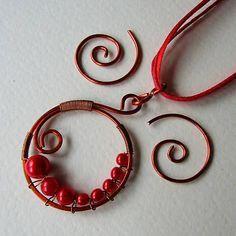 eva55 / Červený polmesiac - náhrdelník