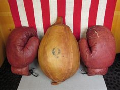 Vintage Boxing Oriole Brand Leather Double End Punching Duck Bag Everlast Gloves…