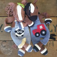 The Melly Teddy Ragdoll Bonnie & Clyde Horse is a fabulous cross between a lovey blanket and a soft toy and perfect to crochet for babies and small children. Make a super cute Melly Teddy Ragdoll Bonnie & Clyde Horse for that special small person in your life. They are fun and easy to make and are soft and snugly, perfect for cuddling and great yarn busters. Crochet Horse, Crochet Animals, Crochet Dolls, Crochet Baby, Free Crochet, Unicorn Doll, Bonnie Clyde, Horse Pattern, Lovey Blanket