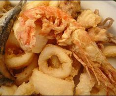 Fritto Misto di Mare.This is an excellent Italian recipe of fried seafood. Deep fried large prawns,sardines and scallops with delicious tartare sauce.
