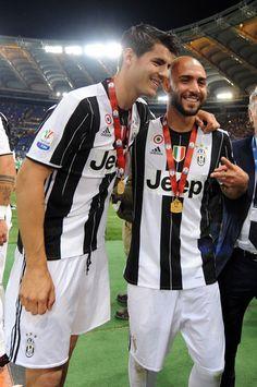 Delirio Juventus: vince l'undicesima Coppa Italia - Tuttosport #Morata #Zaza