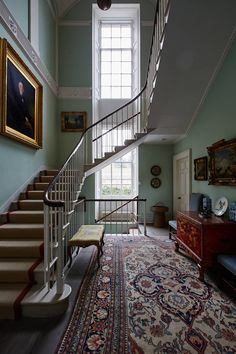 Scottish Country Estate: stairway with antique furnishings and duck egg blue wal. - Scottish Country Estate: stairway with antique furnishings and duck egg blue walls – Scene Therap - Georgian Interiors, Georgian Homes, Interior Staircase, Staircase Design, Staircase Ideas, Open Staircase, Staircase Landing, Spiral Staircases, Grand Staircase