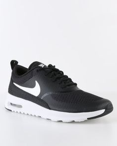 Nike running shoes black and white, a little dirty and worn but overall good condition Black Running Shoes, Running Shoes Nike, Air Max Sneakers, Sneakers Nike, Air Max Women, Air Max Thea, Nike Air Max, Nike Women, Overalls