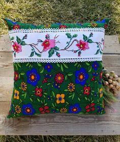 Huzur denince aklına kim geliyorsa,  Allah seni ondan ayırmasın😌 . . 🌺🍃🌻🌺🍃🌻🌺🍃🌻🌺🍃🌻🌺🍃🌻🌺🍃🌻🌺 . . . . #piketakimi #nevresim #etsy #pinterest… Color Patterns, Sewing Patterns, Cushion Embroidery, Diy And Crafts, Arts And Crafts, Cross Stitch Rose, Cushions, Pillows, Etsy Handmade