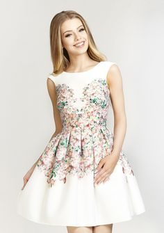 Šaty Garden, bílé - PoshMe.cz Garden Dress, Little White Dresses, Betta, Formal Dresses, Wedding Dresses, Pretty Woman, Street Style, Chic, Trendy