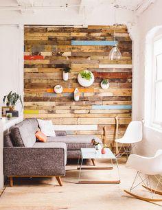 Je hebt er durf voor nodig, een hele opvallende muur in huis; een statement muur. Muren waar je niet omheen kunt en die voor een groot deel de sfeer bepalen