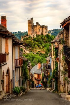 """Najac France Go to http://iBoatCity.com and use code PINTEREST for free shipping on your first order! (Lower 48 USA Only). Sign up for our email newsletter to get your free guide: """"Boat Buyer's Guide for Beginners."""""""