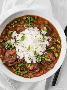 Pressure Cooker Red Beans are a fast, inexpensive, filling, and flavorful staple meal. It's a Louisiana tradition, but FASTER! Instant Pot Pressure Cooker, Pressure Cooker Recipes, Pressure Cooking, Pressure Pot, Slow Cooker Red Beans, Crock Pot Slow Cooker, Rice Cooker, Savory Oatmeal, How To Cook Sausage