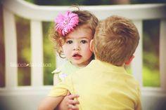 Vintage style toddler photography. Sibling hug. Lauren Davidson Photography.