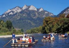 Day Trip from Zakopane (and the area) to the Pieniny National Park with rafting through the Dunajec Gorge on the traditional, wooden rafts. Rafting Tour, Air France, Central Europe, Travel Memories, Countries Of The World, Day Trips, National Parks, Scenery, Places To Visit