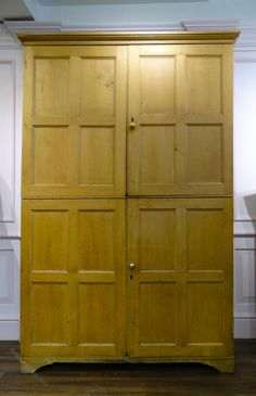Pine Kitchen Cupboard - Antiques Atlas