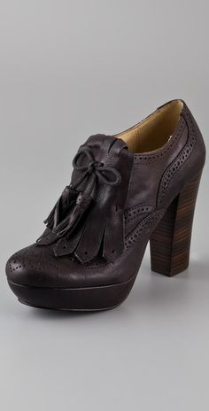 NEEEED these Fryes! Clog, loafer, tassels... these basically define my entire existence. Someone please fund these for me!!
