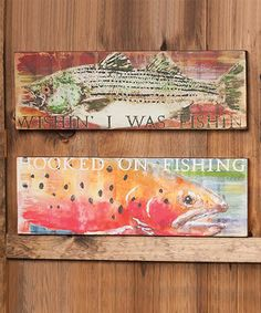 Spruce up the walls of a cabin, vacation rental or weekend getaway with this charming wall art set. It adds just the right rustic touch to give décor a cozy, carefully curated feel.