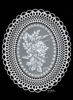 "White Lacework -  My participation in the ""Parchment Craft Magazine"" issue february2013"