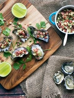 Natural oysters with