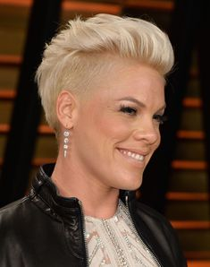 pink hairstyles | Recording artist Pink attends the 2014 Vanity Fair Oscar Party hosted ...