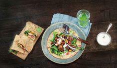 Servér den klassiske Chicken Tikka som wraps i stegte chapati-brød, og bliv rigtig populær. En sikker succes!