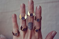 http://sosuperawesome.com/post/142212978322/rings-by-luxdivine-on-etsy-so-super-awesome-is
