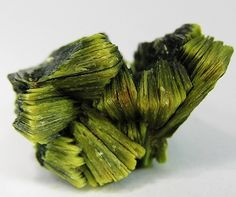 Autunite - Daybreak Mine, Mount Kit Carson, Washington, USA.
