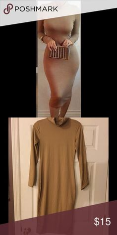 Form Fitting Tan Dress, Very Stretchy, Fleece Great material, extremely stretchy with fleece interior.  This item can likely work for multiple sizes. 🍎Measurements upon request. 🍎25% Bundle Discount. Dresses Long Sleeve