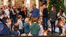 #stilwerk #Hamburg – Aktion Kinderwunschbaum  endet mit großer Weihnachtsbescherung