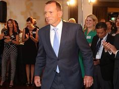 'I'm important, a big man, all these people are here to see me'!  #auspol
