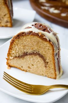 Cinnamon Roll Coffee Cake with Vanilla Bean Cream Cheese Glaze!!