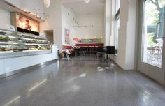 Concrete floor ideas     http://www.greenliving.nicehomelive.com/wp-content/uploads/2012/04/Concrete-floor.png